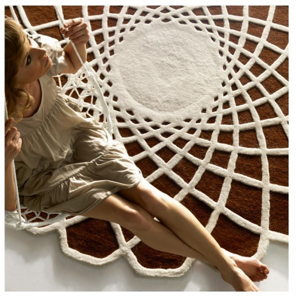 kp desarrolla su actividad en la edicin fabricacin y confeccin de alfombras y moquetas a medida con una experiencia en el sector de ms